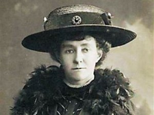 emily-wilding-davison-received-first-class-honors-in-biology-chemistry-and-english-in-the-early-1900s