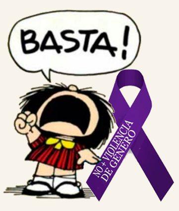 mafalda-con-la-marea-violeta (1)